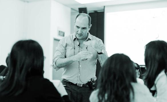 Juan_teaching